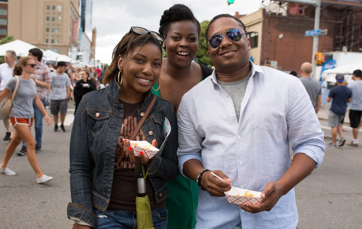 Smiling faces at the 2016 Taste of Buffalo. (Chuck Alaimo/Special to The News)