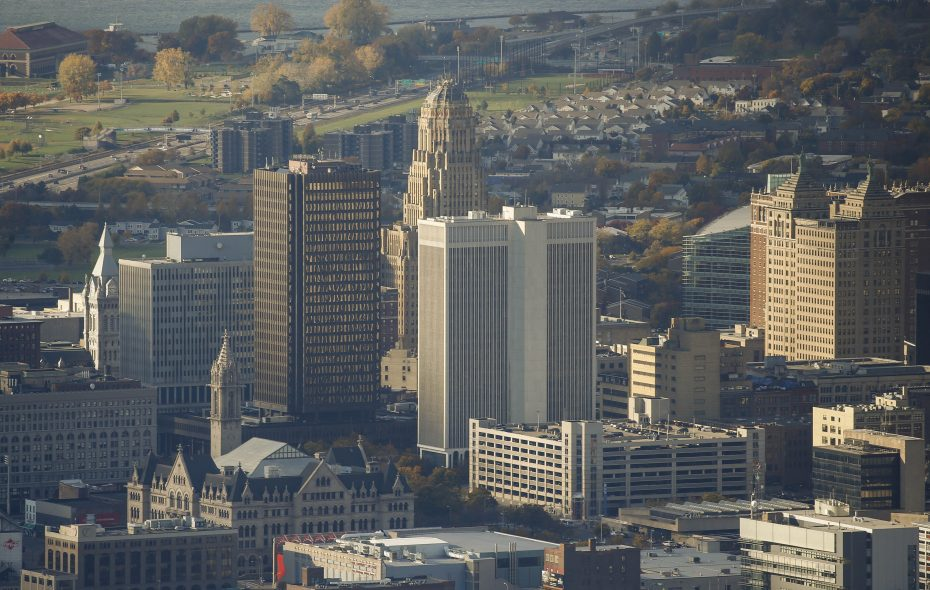 Earnings for new hires in Buffalo Niagara have been rising almost three times faster than inflation since 2010.  (Derek Gee/Buffalo News file photo)