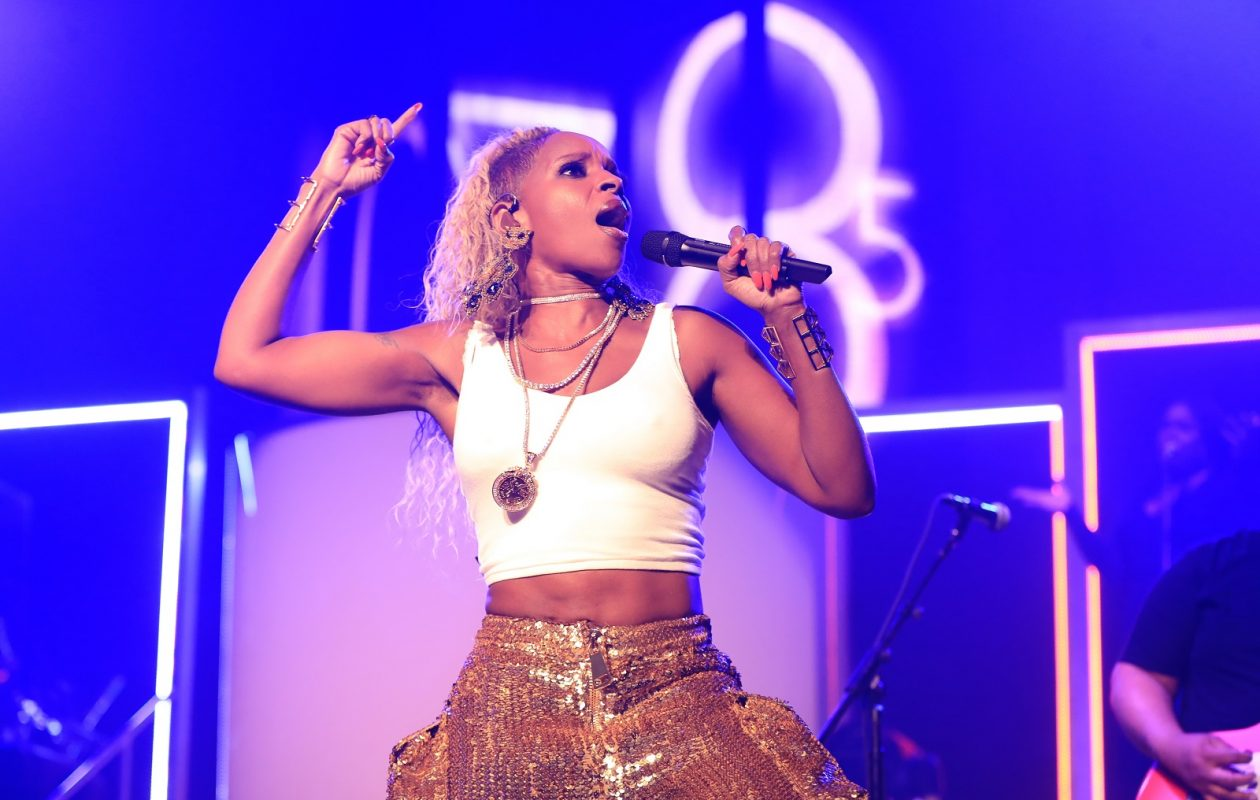 Mary J. Blige showed why she has endured in a powerful show in a late 2017 show in Buffalo. (Harry Scull Jr./Buffalo News)
