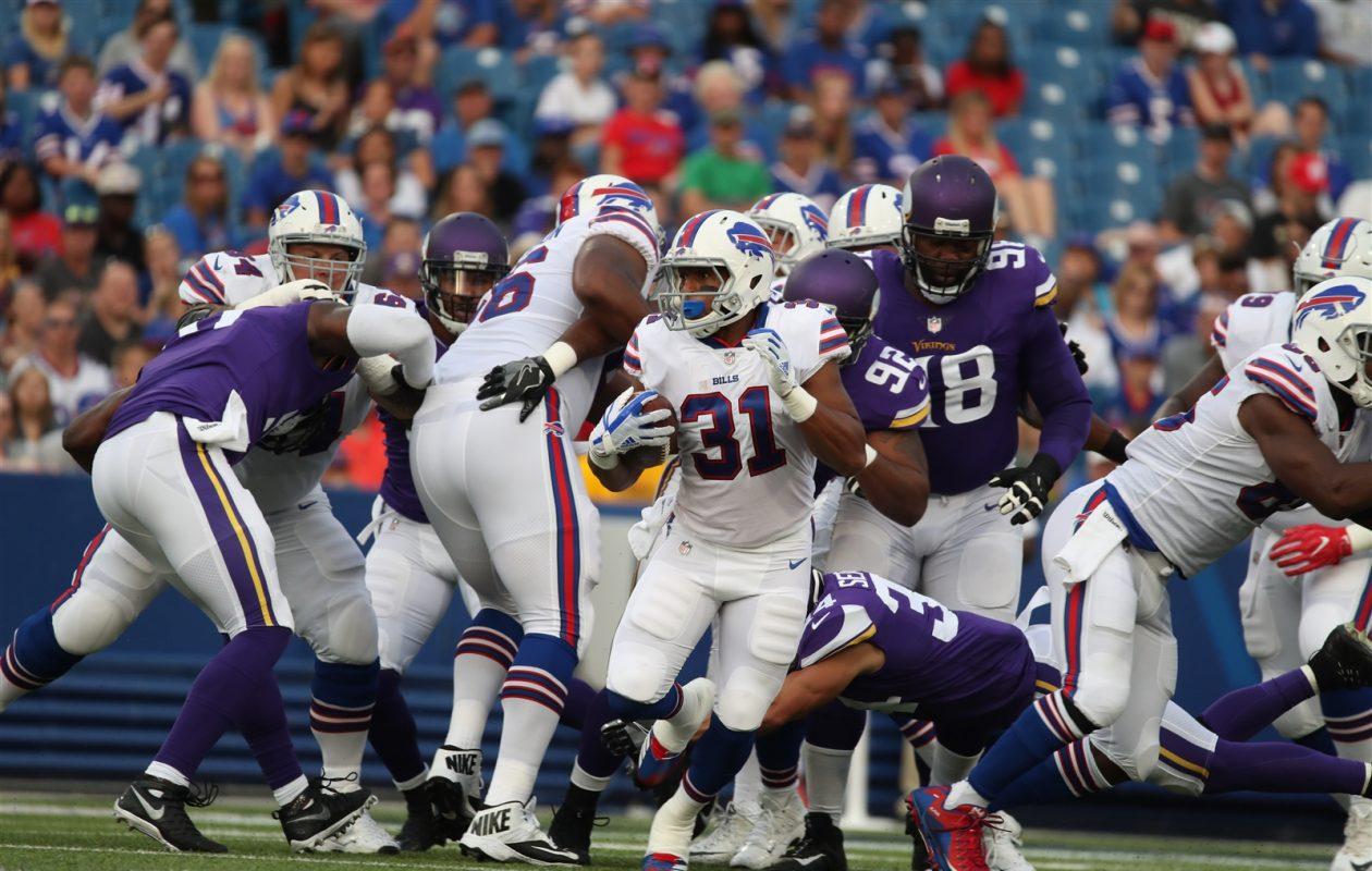 Running back Jonathan Williams picks up yards against the Vikings in the Bills' 2017 preseason opener. (James P. McCoy/Buffalo News)