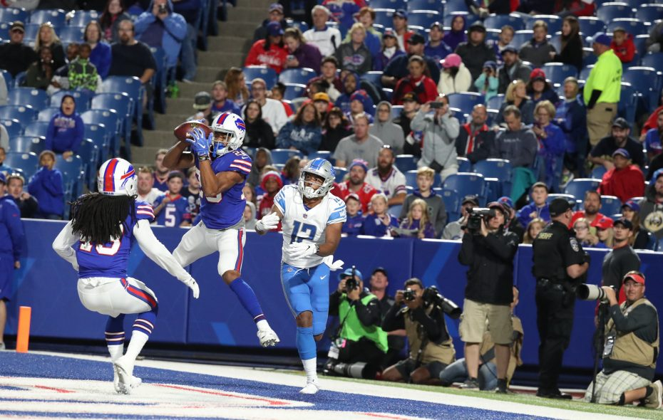 Cornerback Greg Mabin, seen here making one of his two interceptions for the Buffalo Bills in the preseason, signed to the team's practice squad Thursday. (James P. McCoy/Buffalo News)