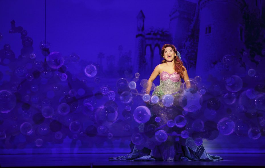 Diana Huey starred in a touring production in Shea's Performing Arts Center.