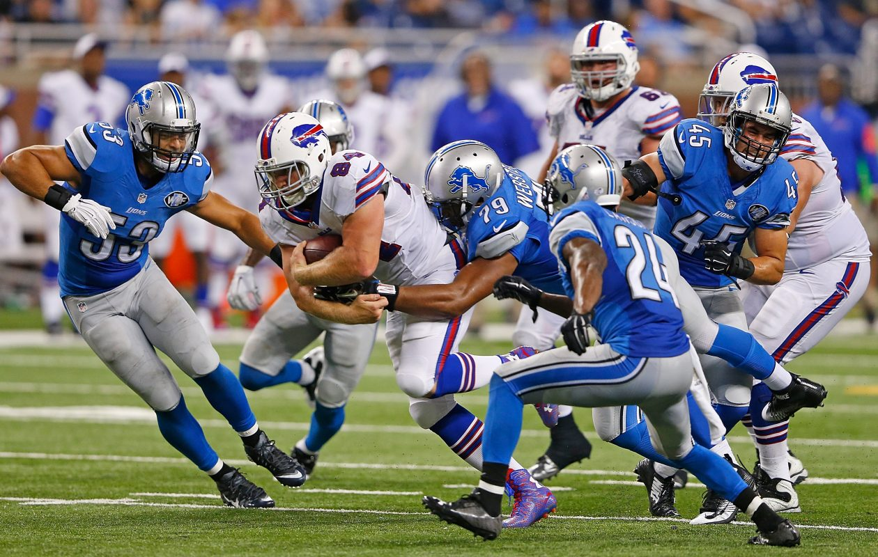 Nick O'Leary #84 of the Buffalo Bills drives the ball to a first down during the third quarter of the preseason game against the Detroit Lions on Sept. 3, 2015, at Ford Field in Detroit. (Photo by Leon Halip/Getty Images)