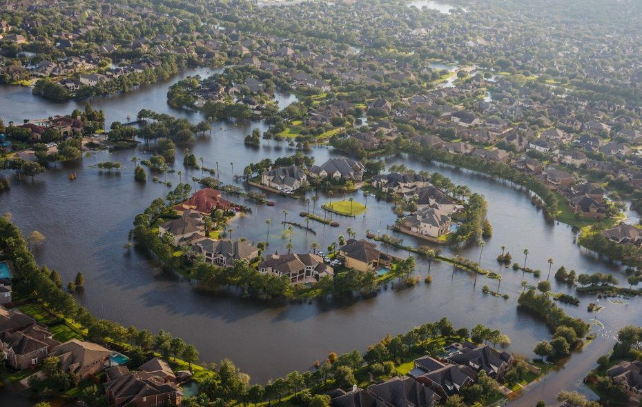 Flood water surround homes in a residential neighborhood in the wake of Hurricane Harvey in Houston (Marcus Yam/Los Angeles Times/TNS)