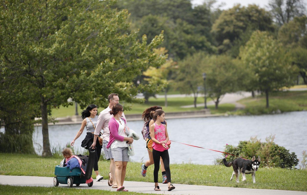 The No. 1 activity at Hoyt Lake: taking a walk. (Sharon Cantillon/Buffalo News)