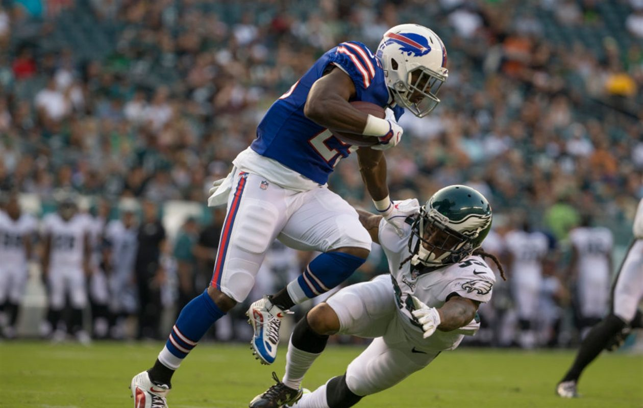 LeSean McCoy runs past former teammate Ronald Darby in the first quarter of the preseason game at Lincoln Financial Field on Aug. 17, 2017. (Getty Images)