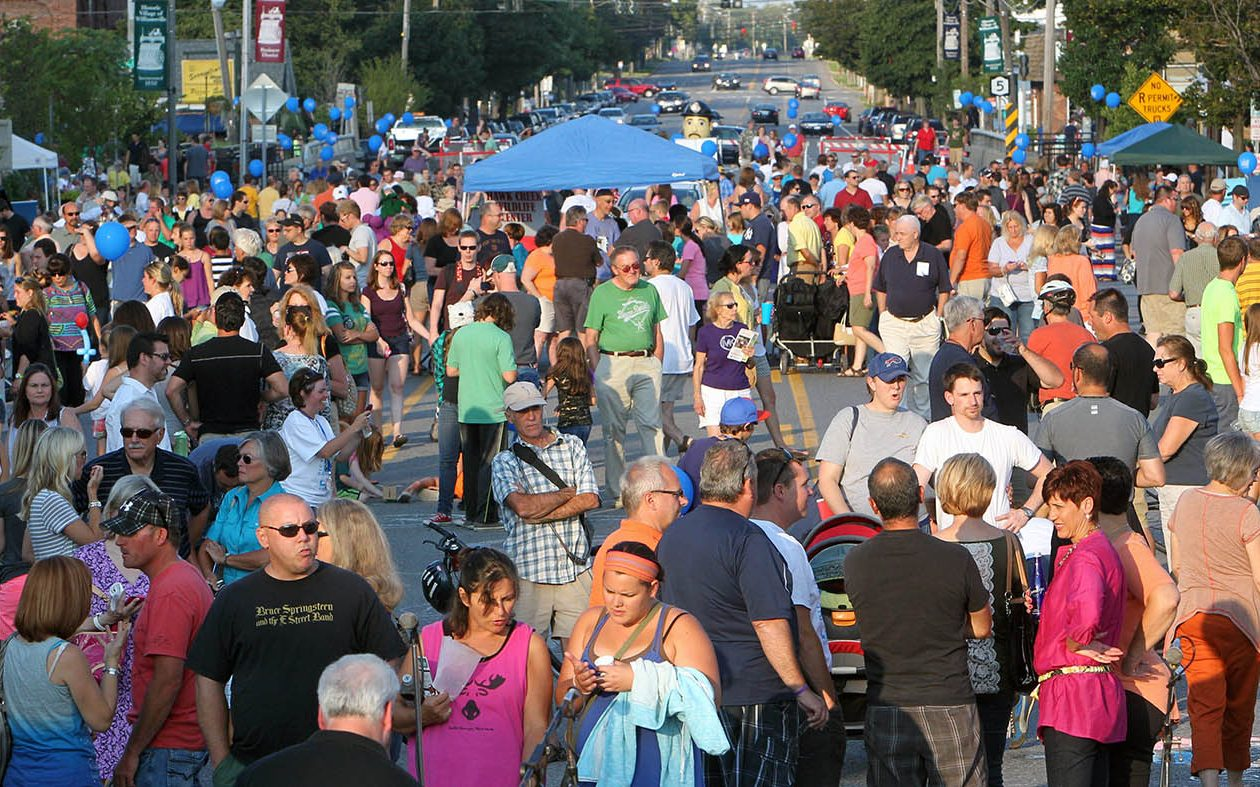 The inaugural Picture Main Street Block Party in 2013. (Sharon Cantillon/News file photo)