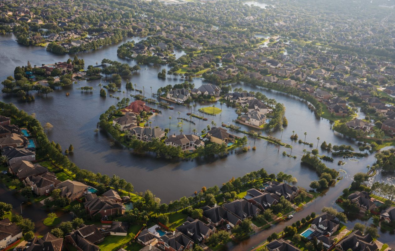 Flood water surround homes in a residential neighborhood in the wake of Hurricane Harvey in Houston, on Tuesday, Aug. 29, 2017. (Marcus Yam/Los Angeles Times/TNS)