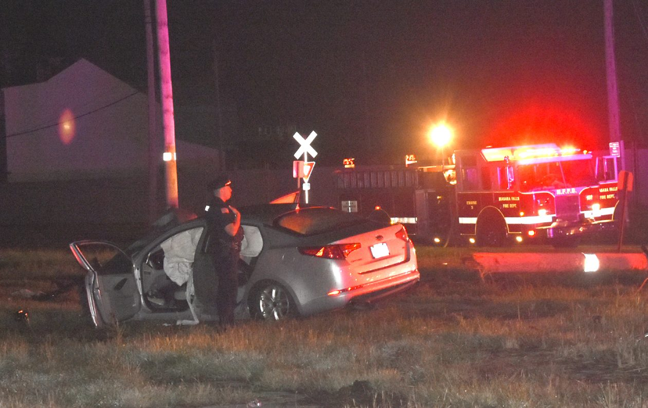 The driver of a 2011 Kia Optima died Monday night following a crash near Hyde Park Boulevard and College Avenue. (Larry Kensinger/contributor)