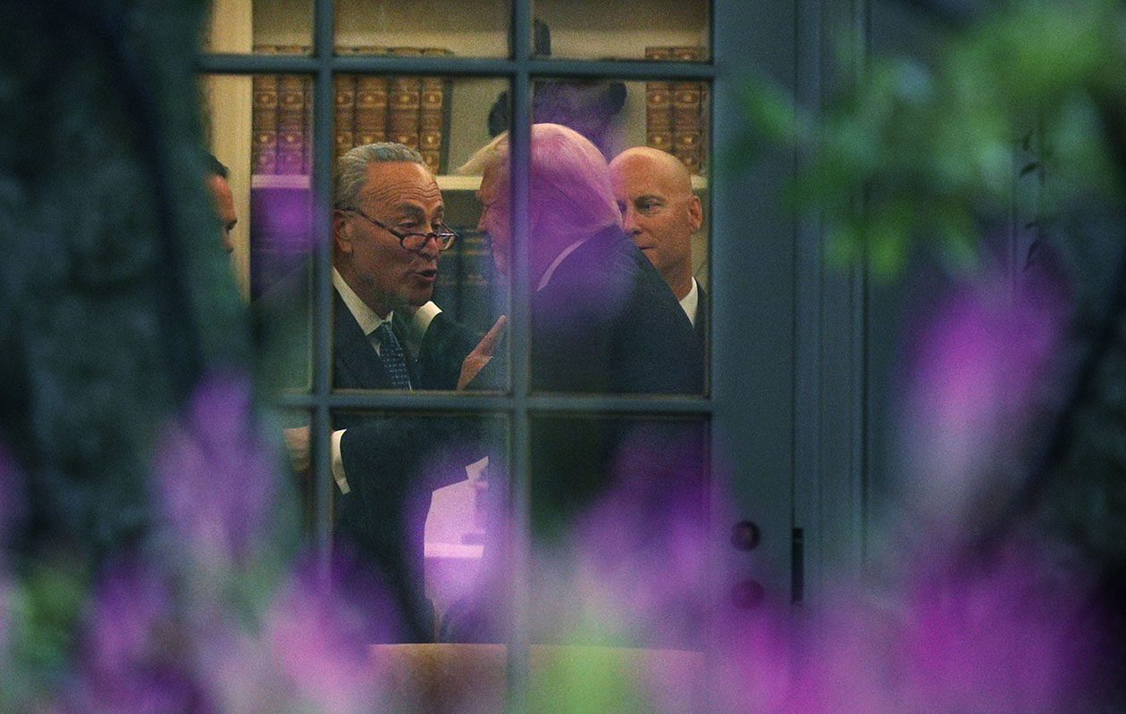 U.S. Senate Minority Leader Chuck Schumer makes a point to President Trump in the Oval Office on Sept. 6 in Washington.  (Alex Wong/Getty Images)