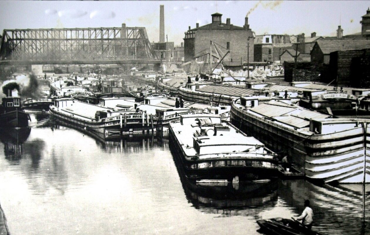 Traffic Congestion in the Main Line of the Erie Canal at Buffalo, 1890.  (Courtesy WNY Heritage Institute Collection)