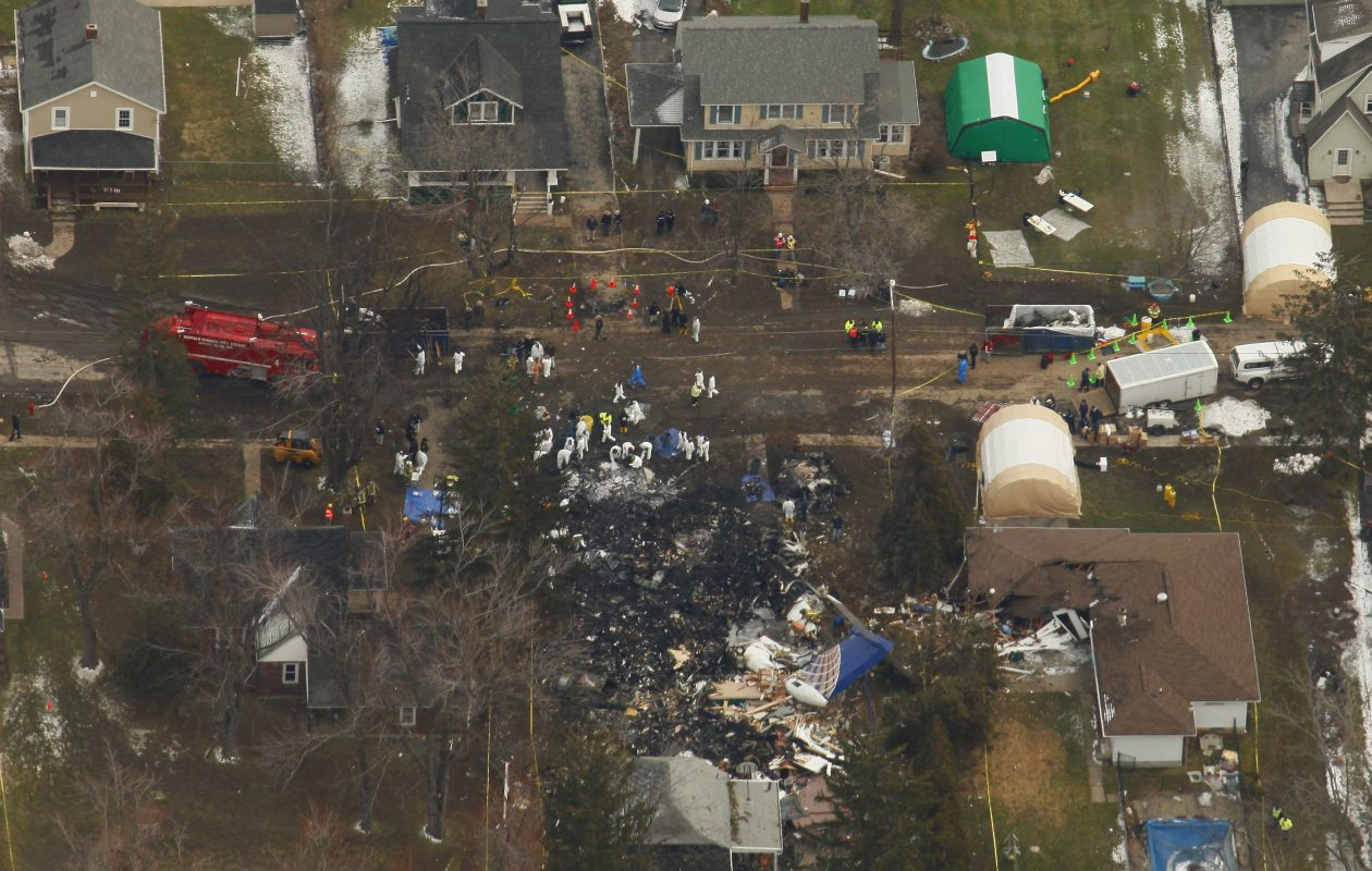 The recommendation that all commercial pilots obtain a license based on 1,500 hours of flight experience directly resulted from the crash of Continental Connection Flight 3407 in Clarence in 2009. (Derek Gee/News file photo)