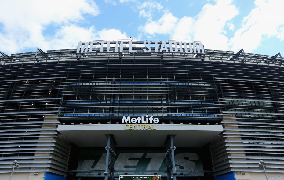 A general view of the exterior of MetLife Stadium is seen before the New York Jets take on the Buffalo Bills at MetLife Stadium in 2014.  (Al Bello/Getty Images)