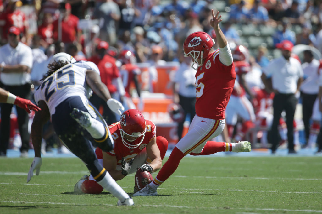 Cairo Santos #5 of the Kansas City Chiefs kicks a field goal during the game against the Los Angeles Chargers at the StubHub Center on September 24, 2017 in Carson, California. (Photo by Jeff Gross/Getty Images)