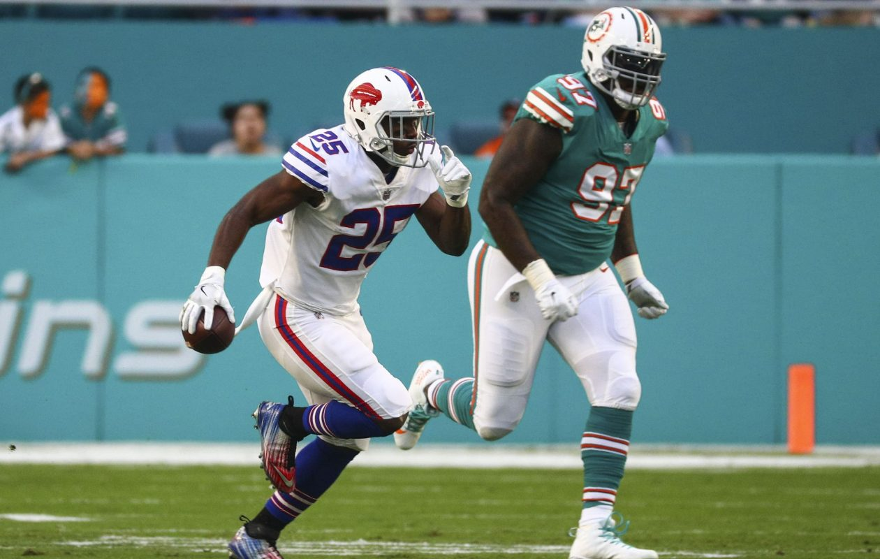 LeSean McCoy turns 30 on July 12, but his Bills teammates see no signs of him slowing down. (James P. McCoy/Buffalo News)