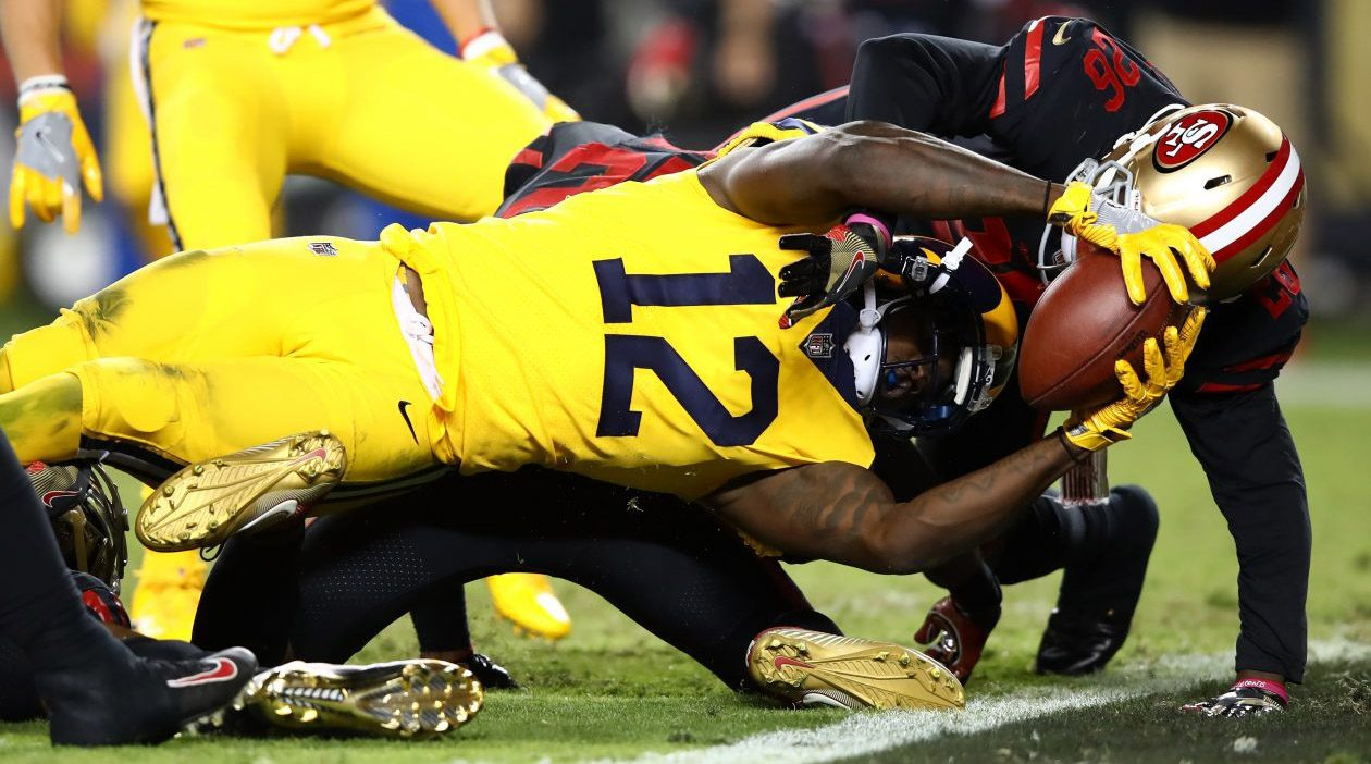 Sammy Watkins, formerly of the Bills and now with the Rams, stretches the ball across the goal line for a touchdown against the 49ers. (Ezra Shaw/Getty Images file photo)