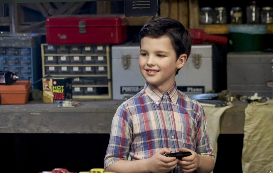 """Iain Armitage plays the young Sheldon Cooper in the CBS spin-off of """"The Big Bang Theory.""""  In """"Young Sheldon"""" he plays the 9-year-old Sheldon who is attending high school.  (Robert Voets/CBS ENTERTAINMENT)"""