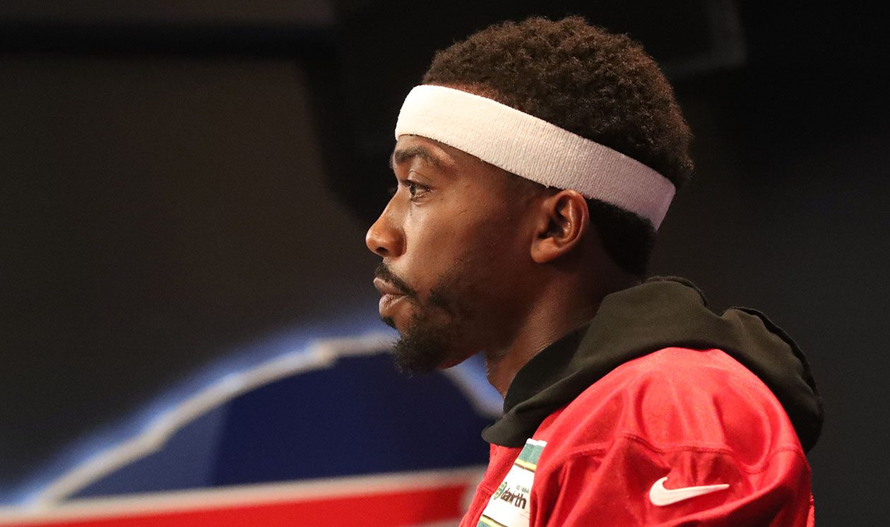 Jerry Sullivan asked Tyrod Taylor about audibles. 'We're getting to that,' Taylor responded. (James P. McCoy/News file photo)