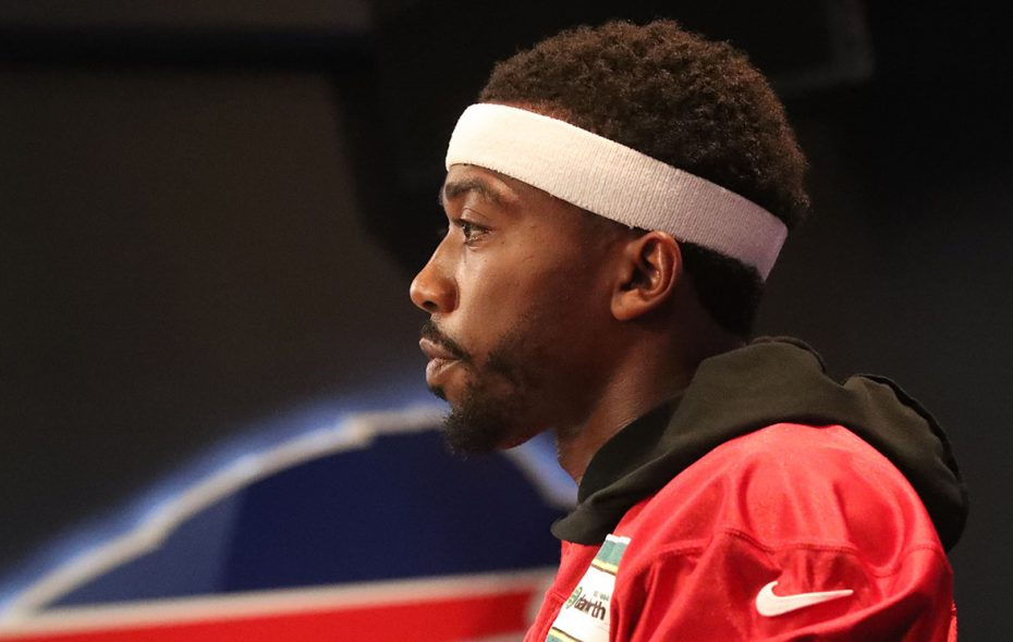 """Jerry Sullivan asked Tyrod Taylor about audibles. """"We're getting to that,"""" Taylor responded. (James P. McCoy/News file photo)"""