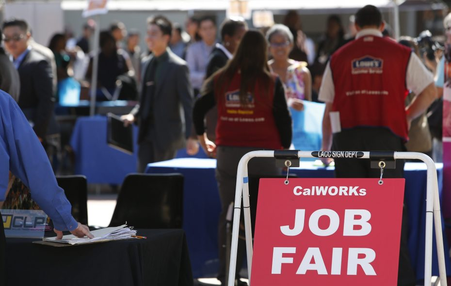 Data shows local job growth remains robust. (Bloomberg News)