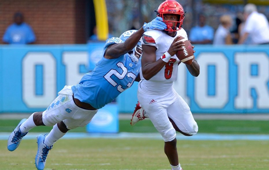 Louisville quarterback Lamar Jackson could be an option for the Buffalo Bills with the 12th overall pick in the NFL Draft. (Getty Images)