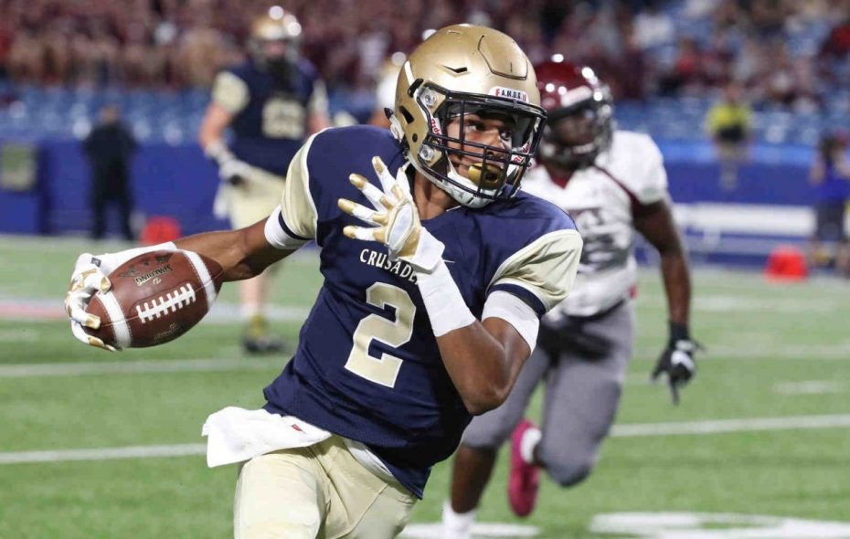 Paul Woods and the Canisius Crusaders moved up from No. 10 to No. 6 in the latest state Class AA poll. (James P. McCoy/Buffalo News)