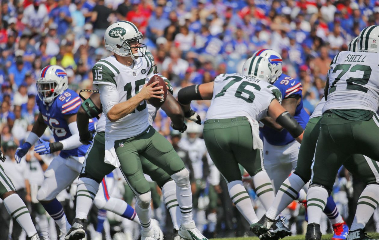 Quarterback Josh McCown's play has improved since the last time the Jets faced the Bills in September. (Robert Kirkham/Buffalo News)