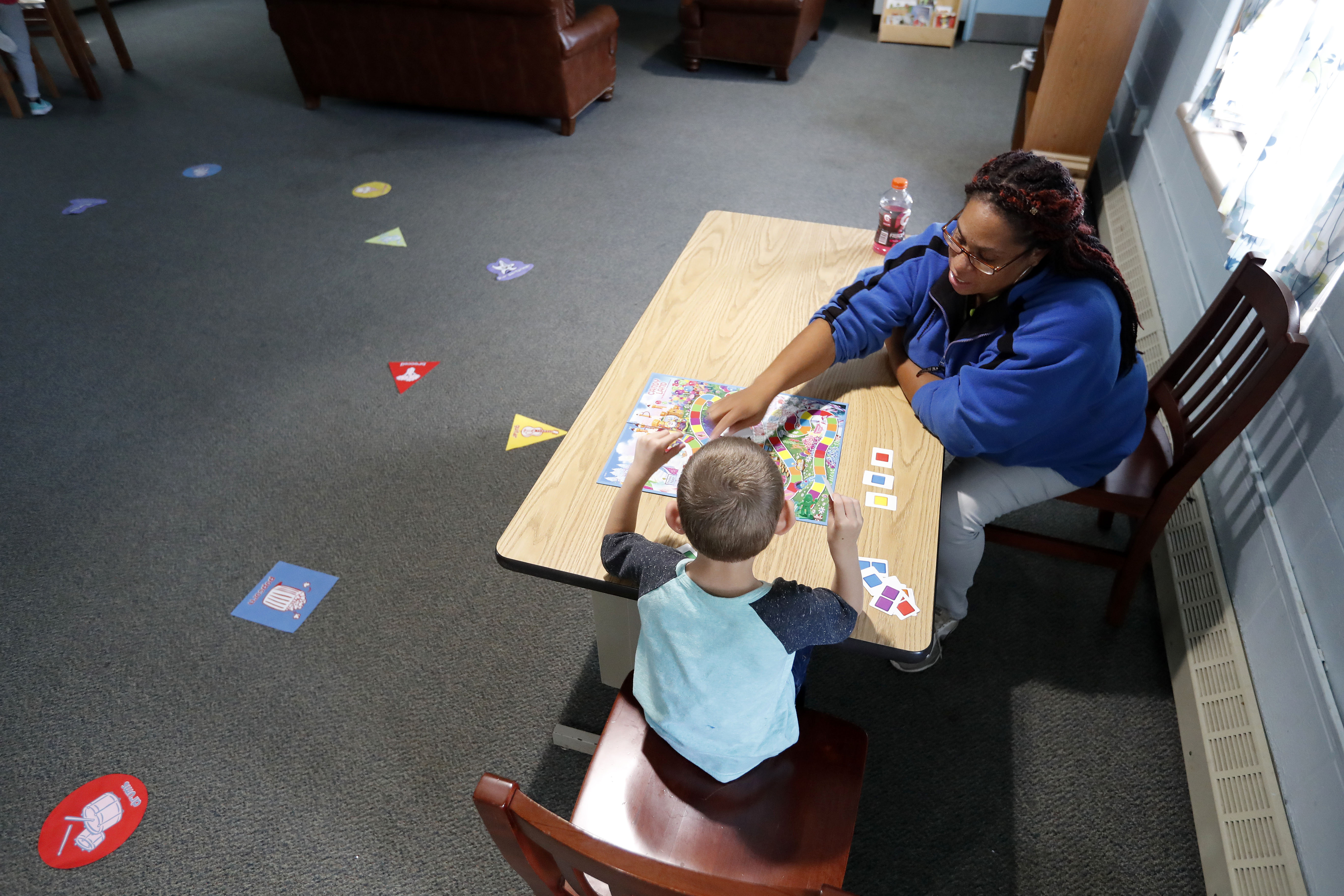 01420ac73df It's like a tsunami': Opioid epidemic pushes kids into foster care ...