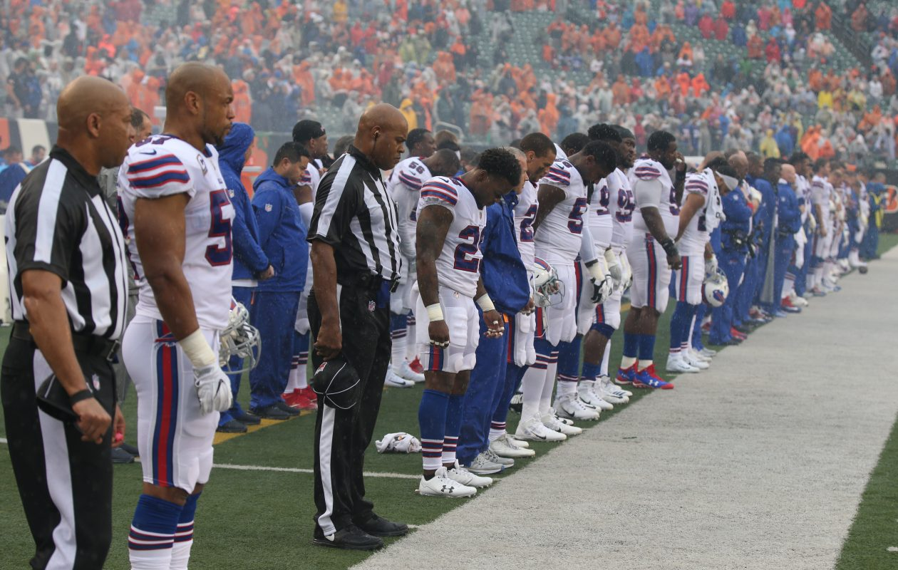 All of the Buffalo Bills stood for the national anthem Sunday. (James P. McCoy / Buffalo News)
