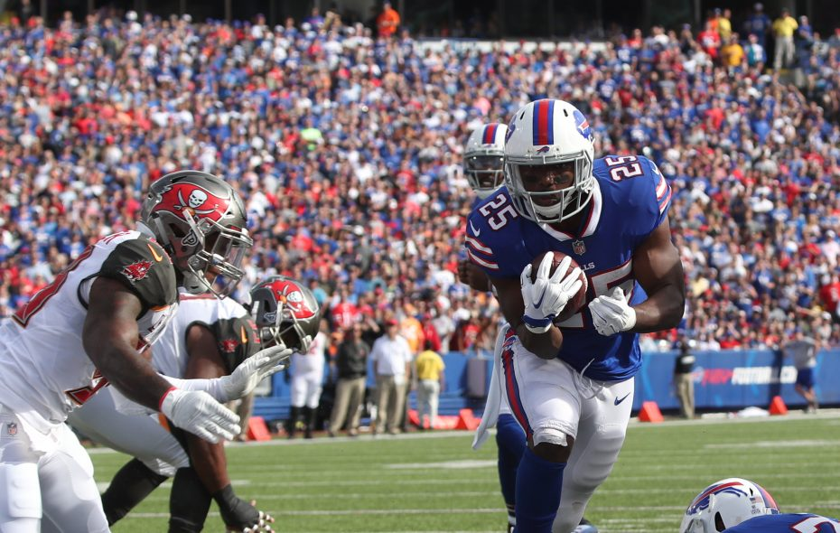 Buffalo Bills running back LeSean McCoy (25) rushes for a first down against Tampa Bay Buccaneers on Sunday, Oct. 22, 2017.  (James P. McCoy/Buffalo News)