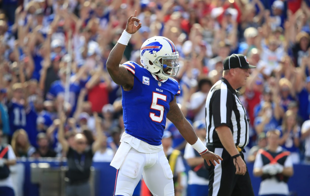 Buffalo Bills quarterback Tyrod Taylor celebrates a LeSean McCoy touchdown. (Harry Scull Jr./Buffalo News)