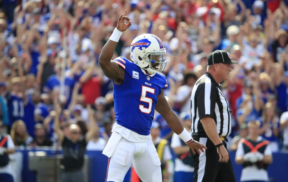 Buffalo Bills quarterback Tyrod Taylor celebrates a LeSean McCoy touchdown. (Harry Scull Jr./Buffalo News)
