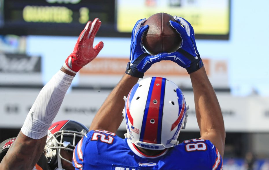 Buffalo Bills' Logan Thomas catches a touchdown pass against the Tampa Bay Buccaneers during the third quarter. (Harry Scull Jr./Buffalo News)
