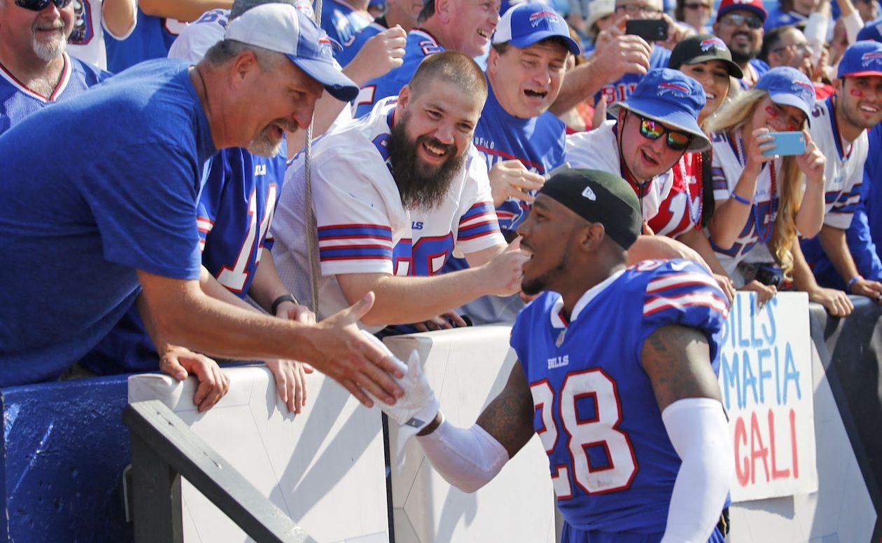 Former Bills cornerback E.J. Gaines is looking to make a big splash with the Browns. (Robert Kirkham/News file photo)
