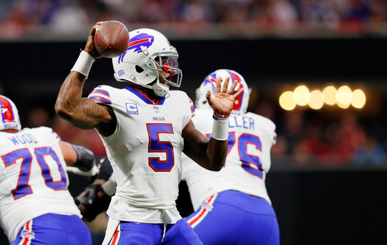 Tyrod Taylor #5 of the Buffalo Bills drops back to pass during the first half against the Atlanta Falcons at Mercedes-Benz Stadium on October 1, 2017 in Atlanta, Georgia. (Photo by Kevin C.  Cox/Getty Images)