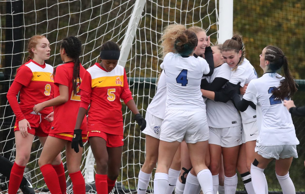 Laura Schultz scored the only goal of the game in Grand Island's 1-0 win over Williamsville East in the Section VI Class A-1 final.  (James P. McCoy/Buffalo News)