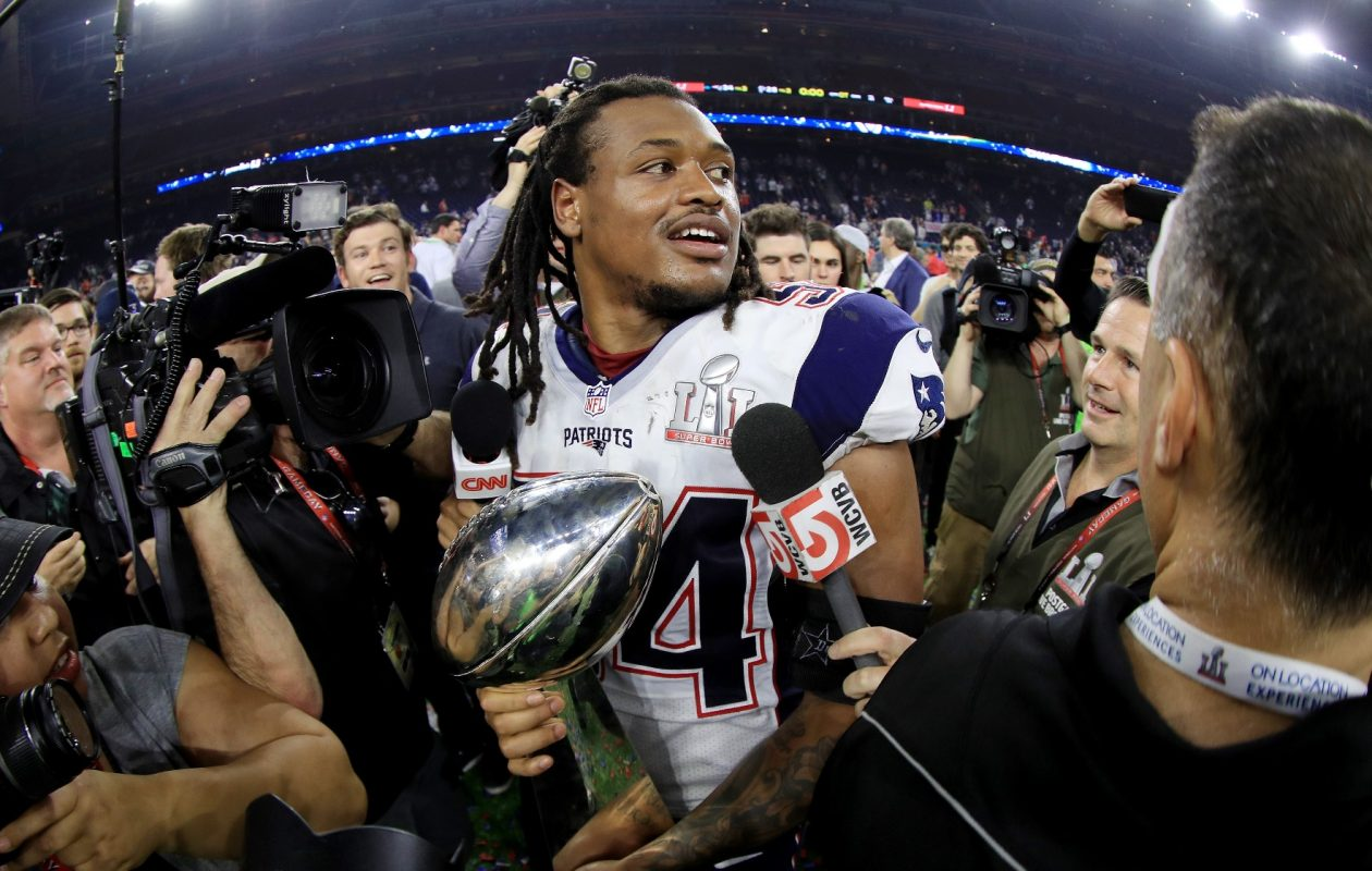 Dont'a Hightower of the New England Patriots holds the Vince Lombardi Trophy after defeating the Atlanta Falcons 34-28 in overtime during Super Bowl 51 at NRG Stadium on Feb. 5, 2017, in Houston, Texas. (Mike Ehrmann/Getty Images)
