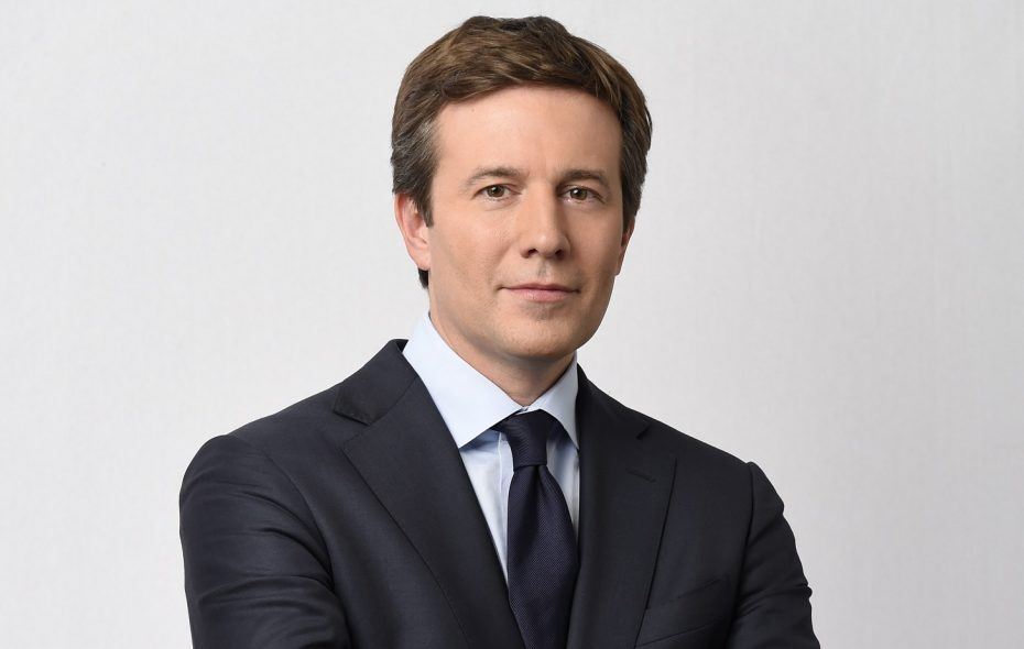 Buffalo native Jeff Glor talks about recent local sports news before he's honored this weekend. (Timothy Kuratek/CBS)