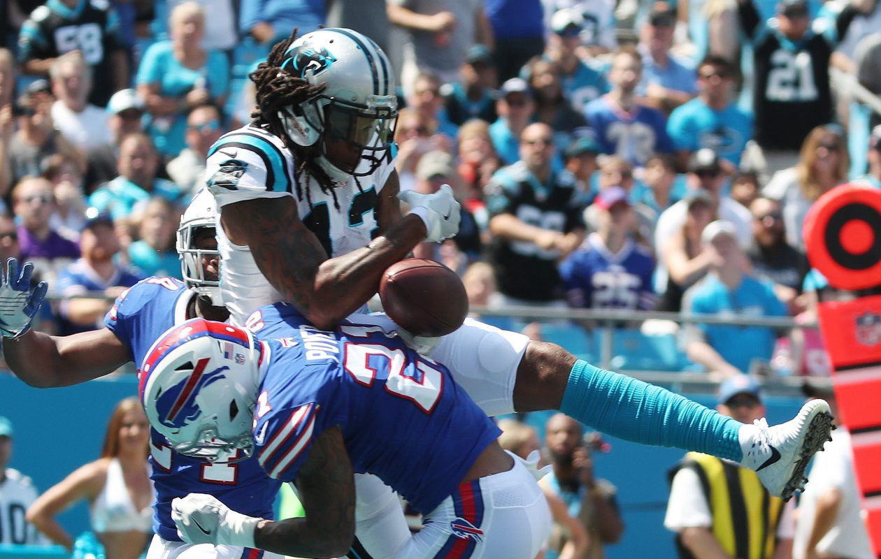 Buffalo Bills free safety Jordan Poyer breaks up a pass intended for Kelvin Benjamin on Sunday, Sept. 17, 2017. (James P. McCoy/Buffalo News)