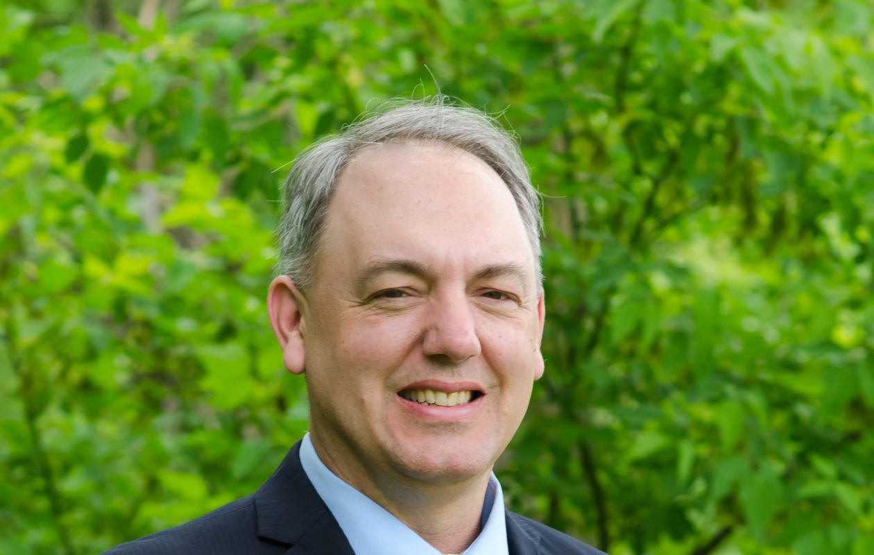 Michael Petrie is resigning as Blasdell mayor.