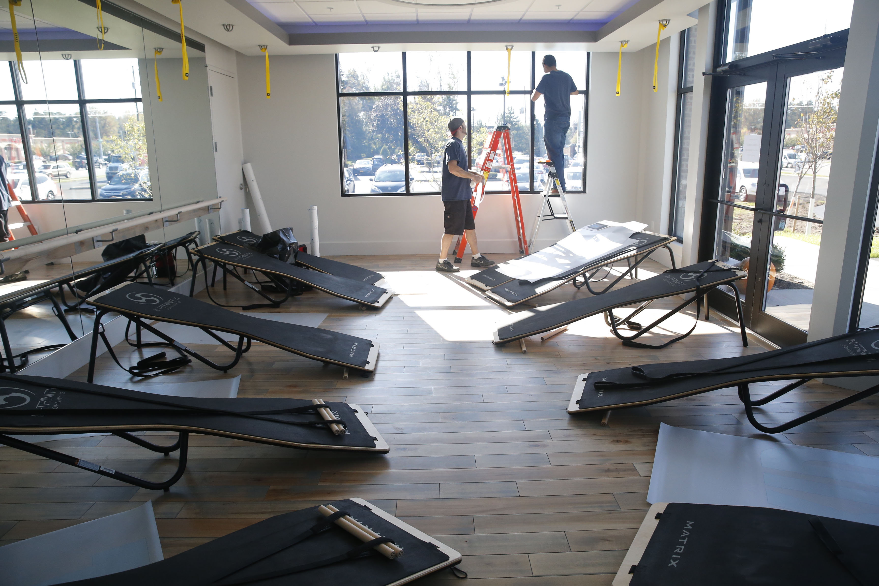 Ex-TV anchor Erika Brason's Rebel Ride amps up indoor fitness – The