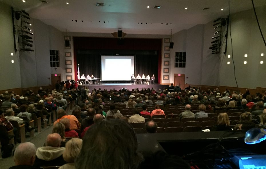 More than 400 attended a public hearing on the proposed West Seneca Town Board budget. (Barbara O'Brien/Buffalo News)