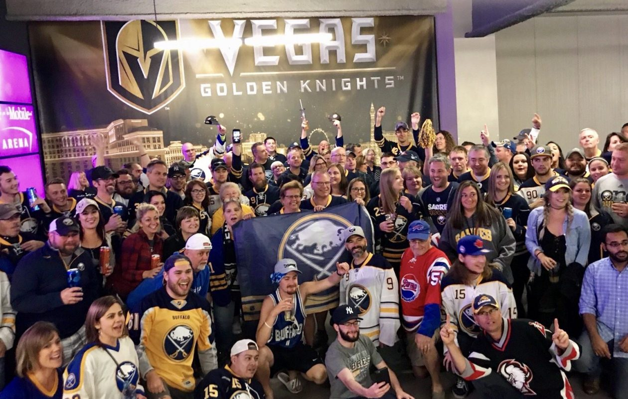 Sabres fans had a blast posing together at Tuesday's game in Las Vegas. (Photo courtesy of @DisplacedSabres/Twitter)