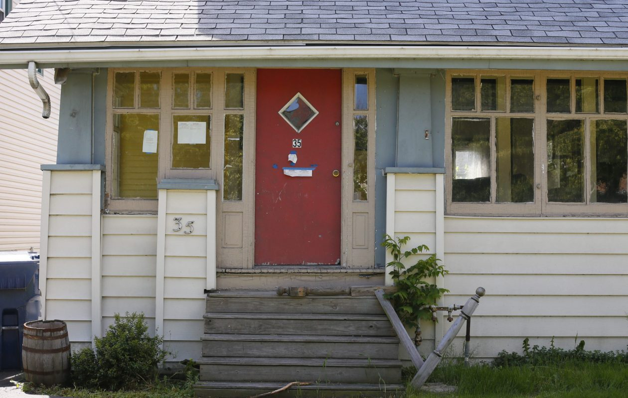 For the second year, Buffalo's land bank process is working to keep foreclosed homes in the hands of residents rather than investors. (Derek Gee/News file photo)