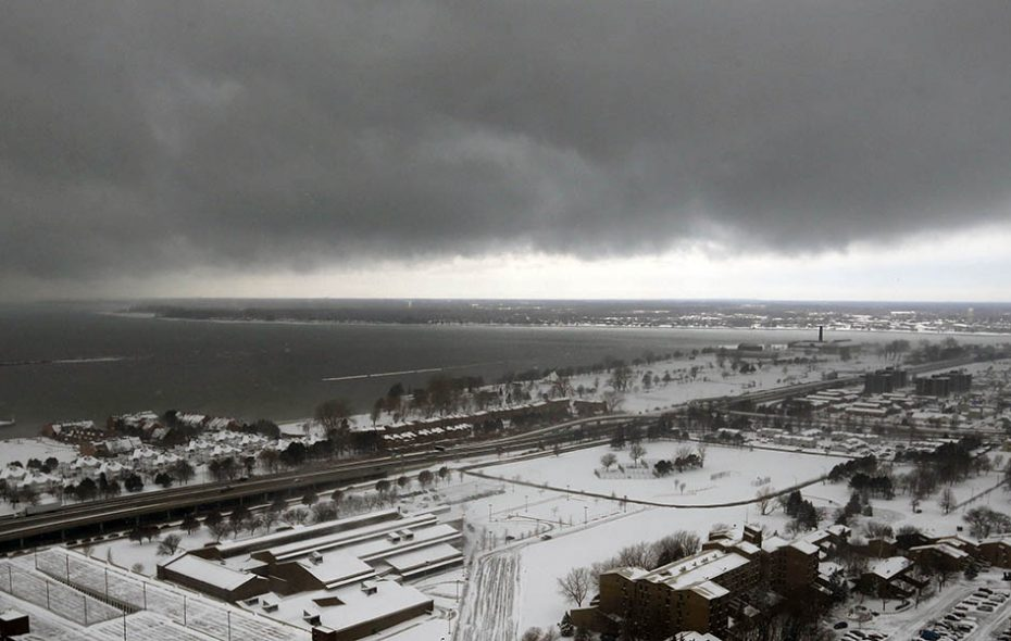 """The use of """"polygons"""" allows the National Weather Service to better pin down where lake-effect snow bands will actually cause trouble. (Derek Gee/News file photo)"""