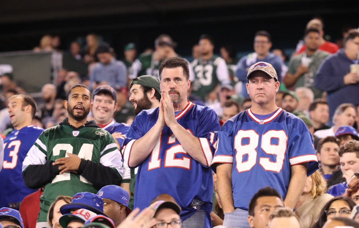 Fans in the third quarter at MetLife Stadium. (James P. McCoy/Buffalo News)