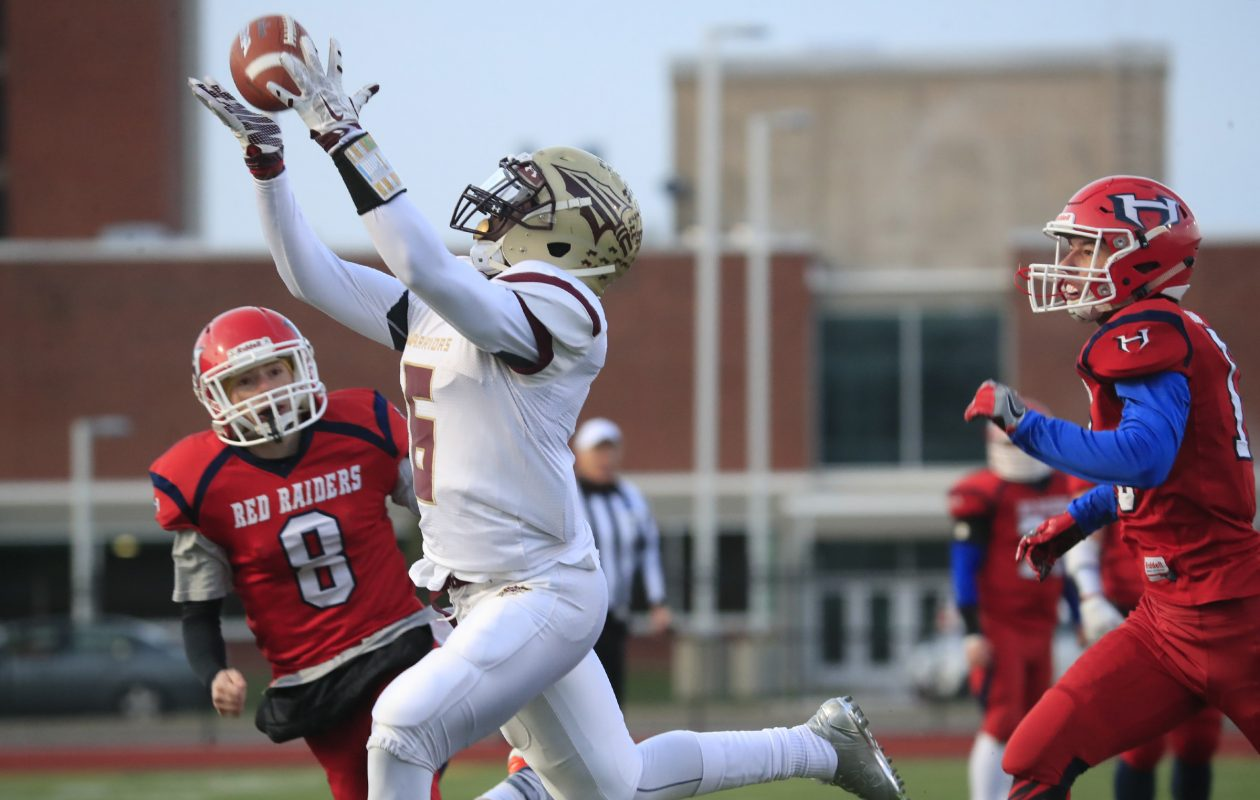 Cheektowaga receiver Jaquan Bush opens the scoring with this 33-yard touchdown catch. (Harry Scull Jr./Buffalo News)
