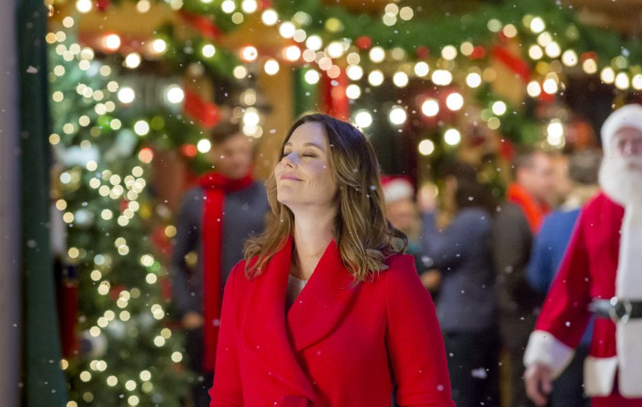 Coming Home For Christmas Hallmark.A Calendar Of Holiday Movies From Ion Lifetime Hallmark