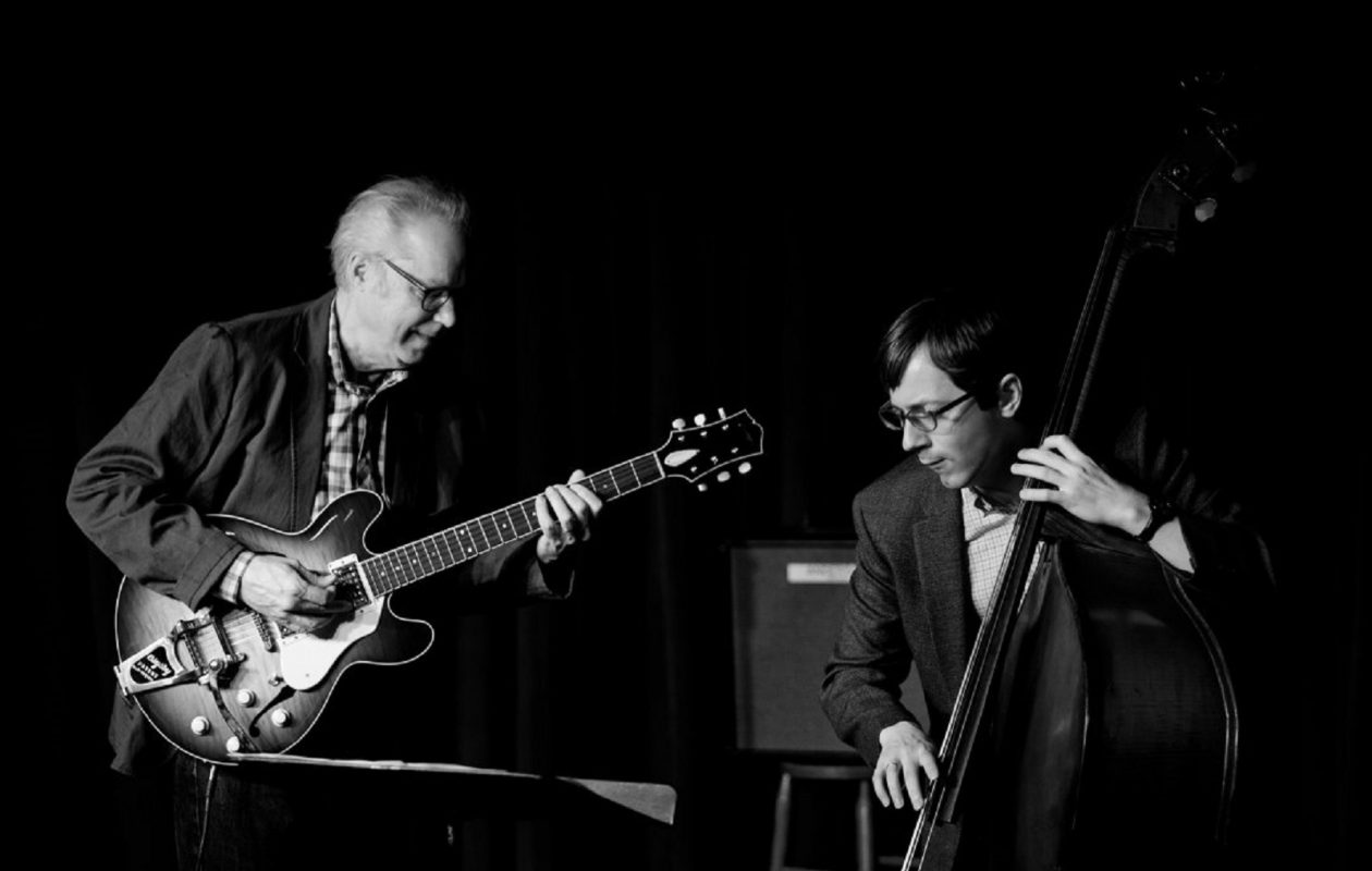 Bill Frisell and Thomas Morgan.