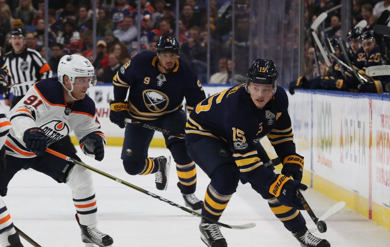 Edmonton's Drake Caggiula keeps an eye on the Sabres' Jack Eichel on Friday night. (Sharon Cantillon/Buffalo News)